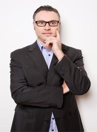 Dr Reynard van Eeden